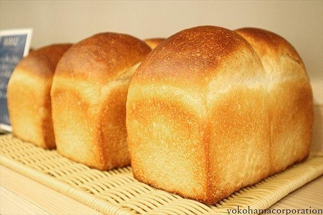 高級食パンがブームらしいですね